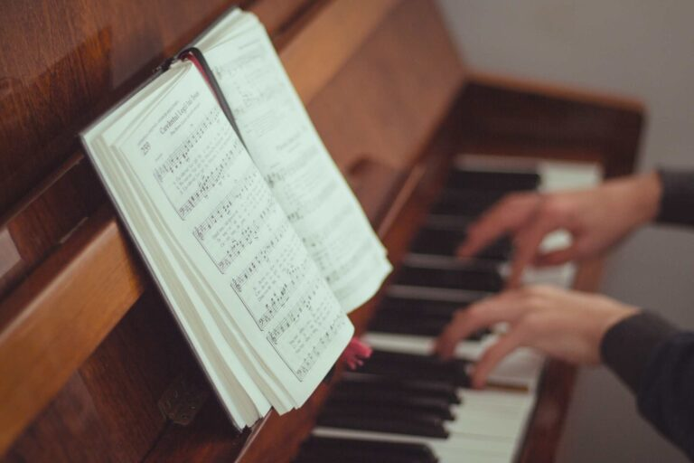 a beginner playing classical piano books