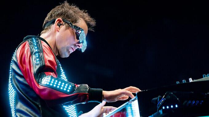 Matt Bellamy playing the Muse songs on piano